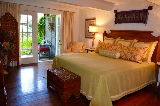 Natchitoches, LA: Bali Suite with outside view