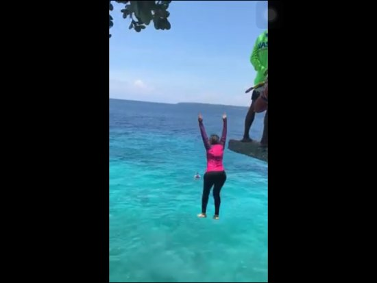 Salagdoong Beach : From 20 feet above the water, I jumped