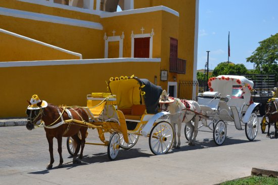 Γιουκατάν, Μεξικό: Izamal la ciudad amarilla....