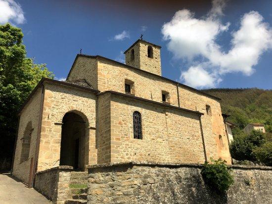 Pieve di Tizzano a Val Parma