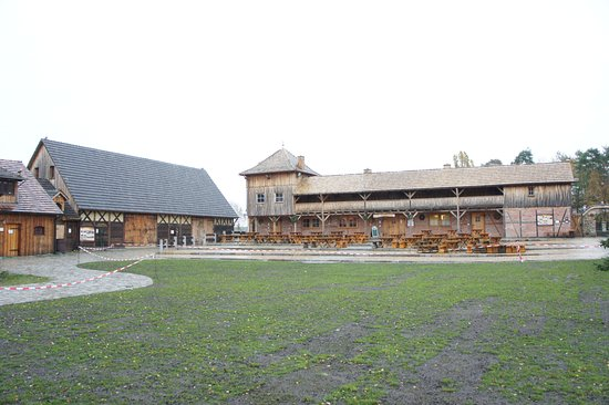 Hoyerswerda, Alemania: pohled od mlýna k restauraci