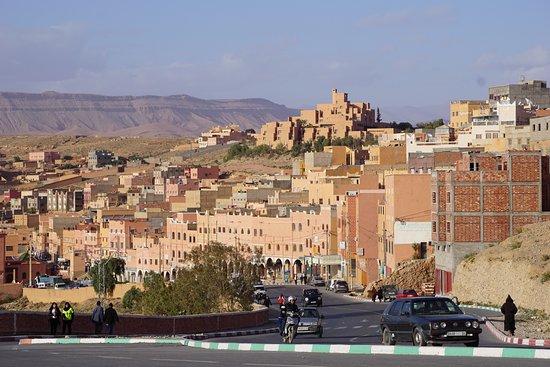 Midelt, Marokko: Outskirts of Ouarzazate