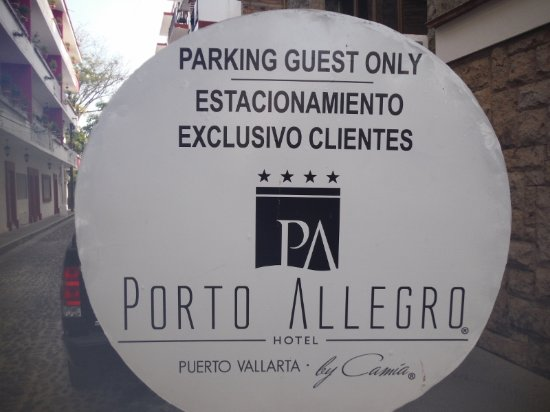 Hotel Porto Allegro : DEDICATED AREA TO GET OUT OF CAB