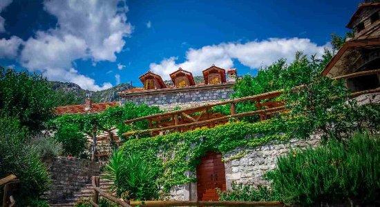 Old Wine House Montenegro