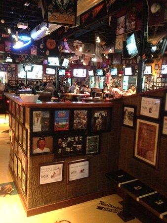 Westampton, NJ: Bar