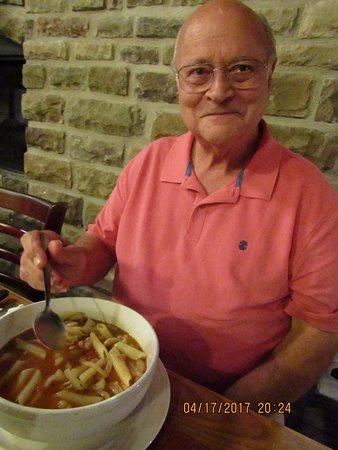 Azle, TX : Tom's side bowl of pasta fagioli soup. Is everything in Texas this big?