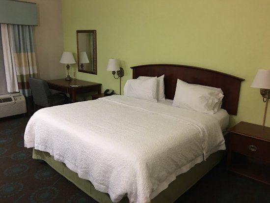 Front Royal, Wirginia: Rooms 112 & 18, 04/23-26/17