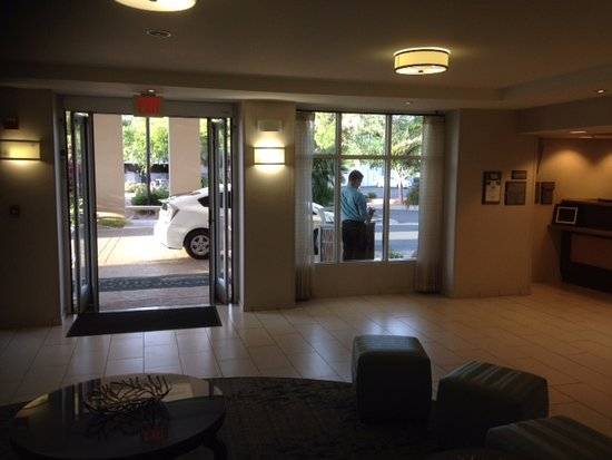 Homewood Suites by Hilton Phoenix-Metro Center: stayed 9 nights and had to walk past smokers to get in on a daily basis, clearly embraced by sit