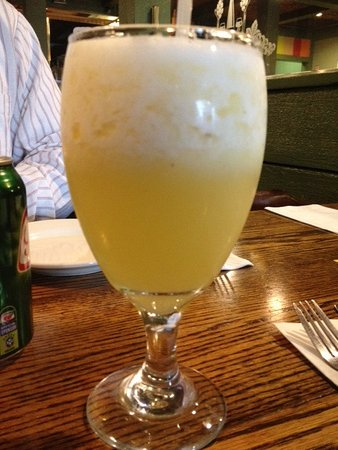 Леоминстер, Массачусетс: fresh pineapple juice