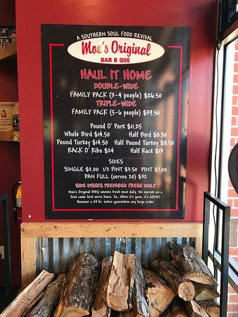 Moe's Original Bar B Que: Great BBQ