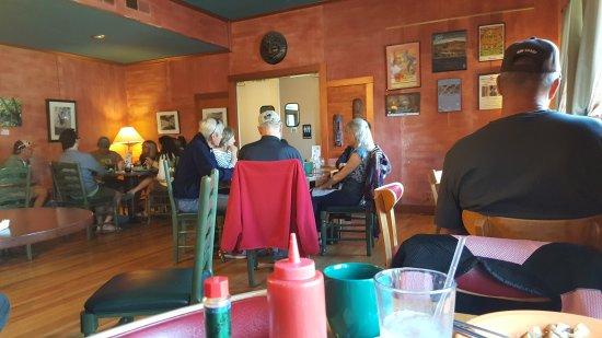 Vicki's Eatery: 20170423_083702_large.jpg