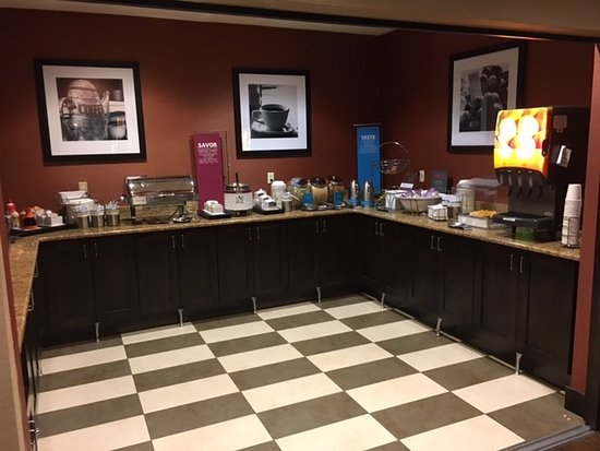 Hampton Inn Cedar City: Breakfast Area