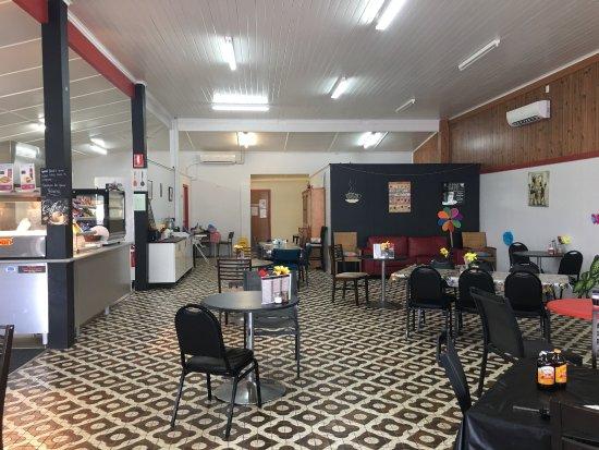 Babinda, Australien: Cafe On Munro