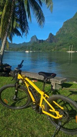 Electric Bike Rental Moorea: Great scenery around the coast
