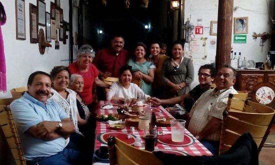 Famosos chefs en na tradici n picture of la tradicion for Chefs famosos mexicanos