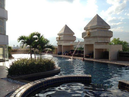 Duangtawan Hotel Chiang Mai Image