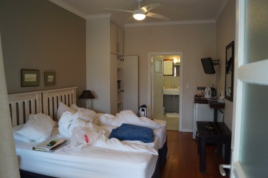 Cornerstone Guesthouse: Zimmer