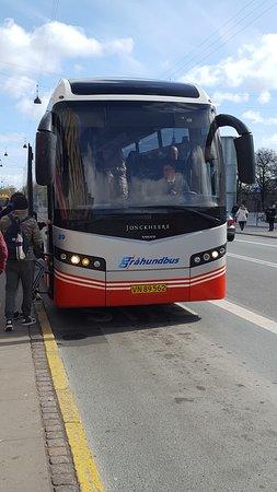 Bus 999 bild fr n resundsbron k penhamn tripadvisor for Buss 999 mobilia