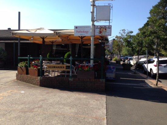 น้ำตกเวนต์เวิร์ท, ออสเตรเลีย: Outside tables