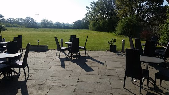 Egerton, UK: View at breakfast time