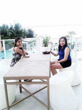 Be Resorts - Mactan: Balck Saturday at BE Mactan