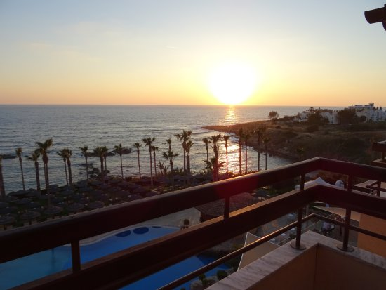 Atlantica Golden Beach Hotel: Another Sunset