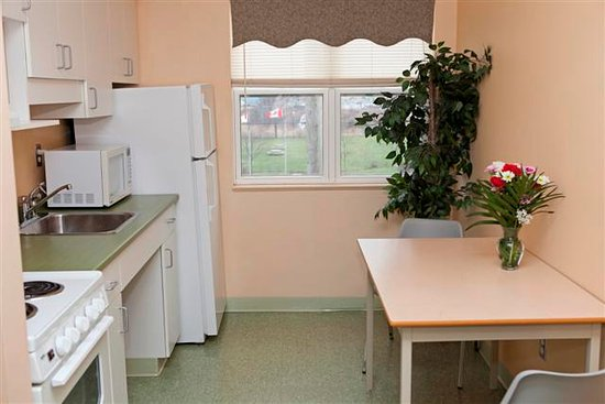 Glendenning Hall: Fully equiped kitchen is at your finger tips!