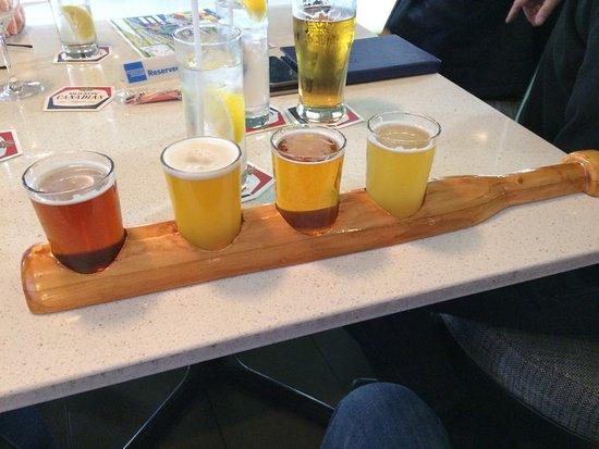 Arriba Restaurant: Flight of 4 Beers