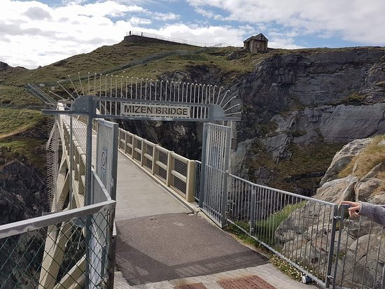 Mizen Head Visitor Centre: received_1542688175773828_large.jpg