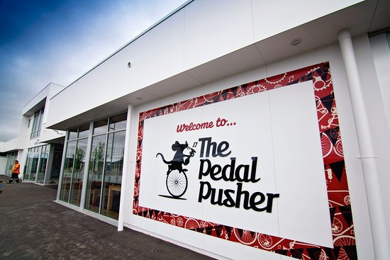 Rolleston, Nueva Zelanda: The Pedal Pusher