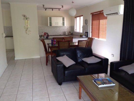 Tropical Reef Apartments: photo2.jpg