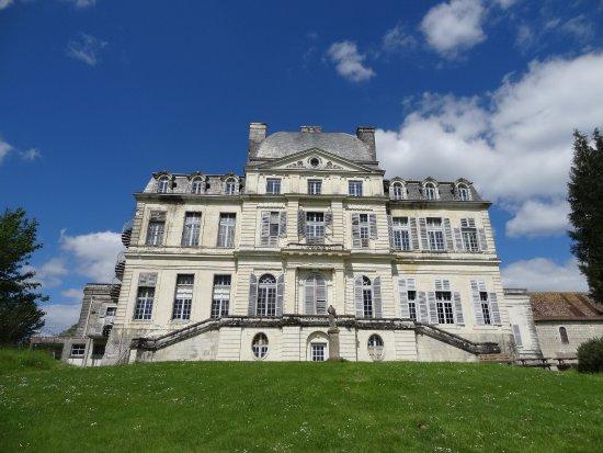 Saint-Flovier, Francja:  les établissements Ste Jeanne d'Arc