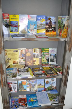 Saint-Sauveur-le-Vicomte, France: Espace de vie: Documentation fournie à votre disposition.