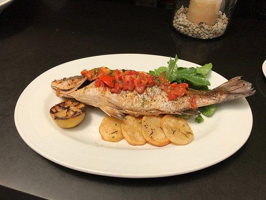 Abaca Restaurant: photo1.jpg