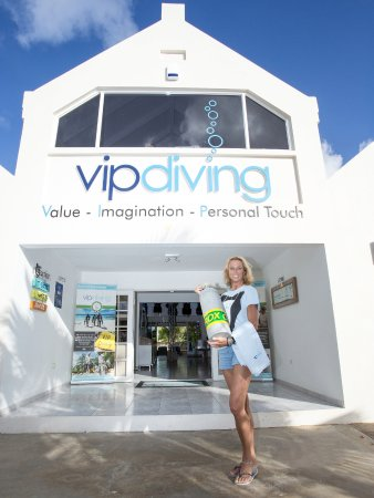 Kralendijk, Bonaire: Your dive butler awaits you at VIP Diving!!! Welcome to a magical new way of diving service!