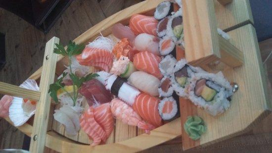 Mami Sushi Restaurant : 20170430_200937_large.jpg