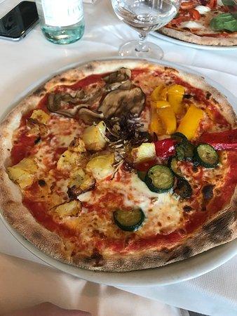 Ristorante Bandus Pizza & Grill: photo1.jpg