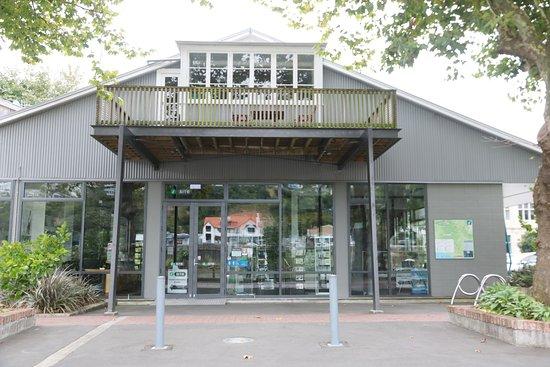 Whanganui - i-SITE Visitor Centre 1