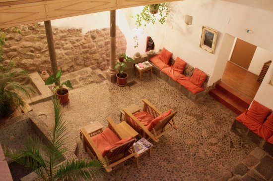 Samana Inn and Spa: The beautiful courtyard