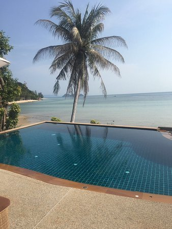 Beyond The Blue Horizon Villa Resort: photo0.jpg