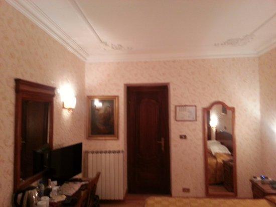 Hotel Genio: Room 103