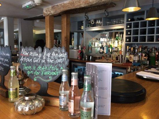 Hadleigh, UK: Bar area