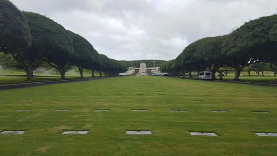 National Memorial Cemetery of the Pacific: Memorial im Punchbowl Crater