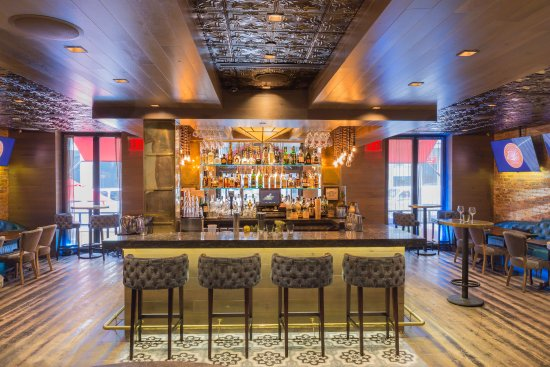 Sanctuary Hotel New York: Tender Sports Bar & Lounge
