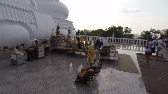 Wat Phu Thong Thep Nimit