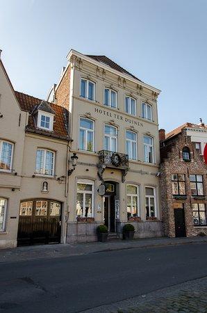 Hotel Ter Duinen: Façade de l'hôtel