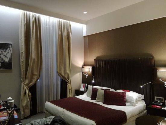 Hotel Artemide - room photo 11026210