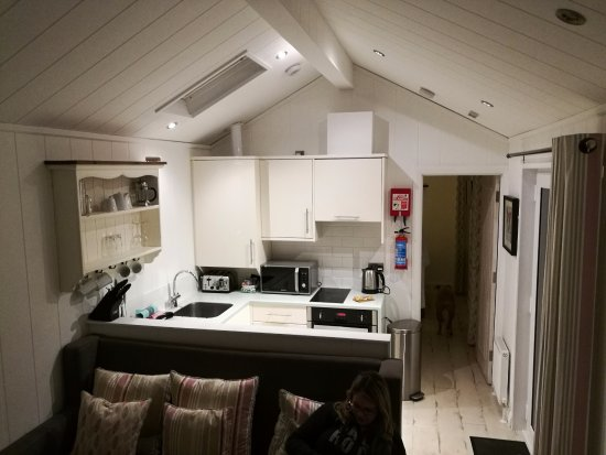 Cosy lounge and kitchenette