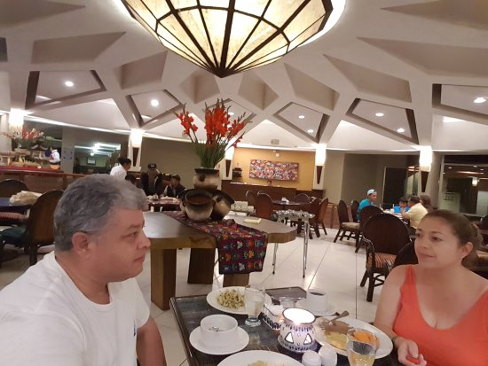 Porta Hotel Del Lago: 20170430_212154_large.jpg
