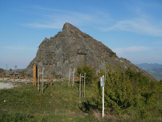 Firenzuola, Italie : Sasso di San Zanobi